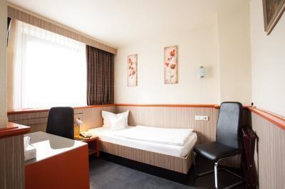 Centro Hotel Ariane Koln Buchen Looking For Booking